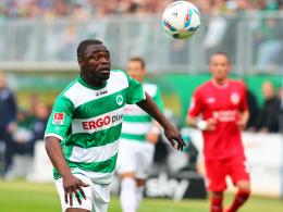 Darf er gegen den Ex-Klub ran? Gerald Asamoah trifft mit Greuther Fürth heute Abend auf den FC St. Pauli.