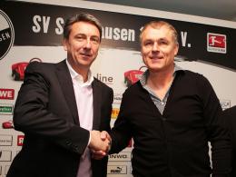 Dais-Nachfolger gefunden: Sandhausens Präsident Jürgen Machmeier (li.) stellt den neuen Trainer Hans-Jürgen Boysen vor.