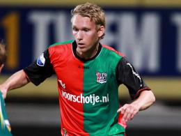 """Bald ein """"Eiserner""""? Stefan Nijland trainiert beim 1. FC Union zur Probe."""