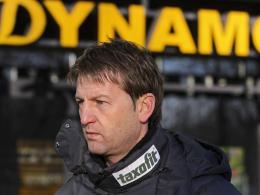 Viel Arbeit: Dresdens Sportdirektor Steffen Menze sucht als Interimstrainer seinen Nachfolger.