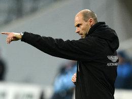 Zeigt den Löwen weiterhin an, wo es langgeht: Trainer Alexander Schmidt bleibt.