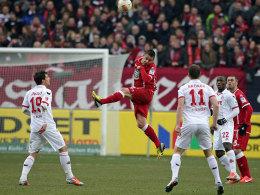 Höhenflug der Roten Teufel: Der FCK ist klar überlegen und besiegte Köln.