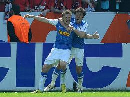 Ausgleich: Bochums Dedic köpfte das 1:1 für den VfL.