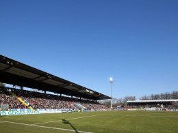 Ein Problemfaktor, der noch etwas Zeit hat: Die Aalener Scholz Arena ist zu klein für Profifußball.