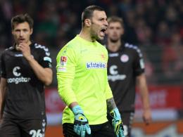 Lautstark: Unions Torhüter Daniel Haas überzeugte gegen St. Pauli.
