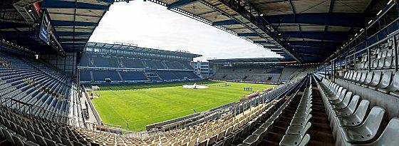 Erster Schauplatz in der Rückrunde am Montagabend: Die Bielefelder Schüco-Arena.