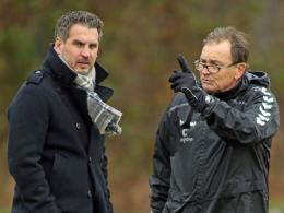 Beobachten die Spieler nach deren Urlaub ganz genau: St. Paulis Sportdirektor Thomas Meggle (l.) und Trainer Ewald Lienen.