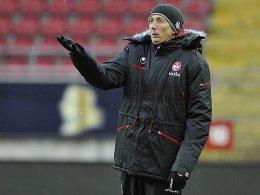 Vorne drückt der Schuh: FCK-Trainer Konrad Fünfstück.