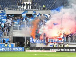 Bestraft: Bochum muss für Aktionen wie hier in Duisburg (20. Dezember) zahlen.