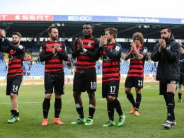 Duisburgs Mannschaft nach dem 1:1 nach Braunschweig.