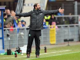 Haltung annehmen für den Endspurt: SpVgg-Coach Stefan Ruthenbeck hat noch einiges vor.