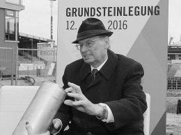 F�rth trauert um Kurt Georg Strattner