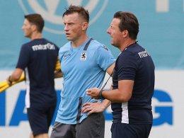Ivica Olic (li.) und Trainer Kosta Runjaic