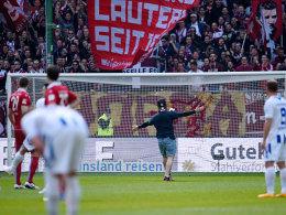 Fan-Entgleisungen: FCK muss 17.000 Euro zahlen
