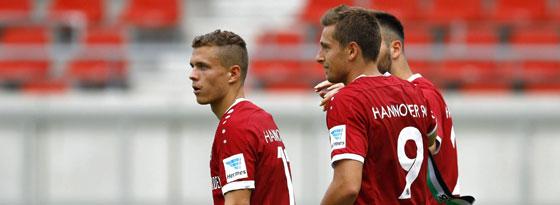 Wirbeln sie am Sonntag wieder zusammen? Sebastian Maier (l.) und Artur Sobiech (#9).