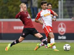 Schwartz verärgert: Nürnberg unterliegt Regensburg