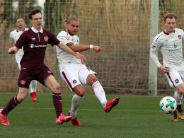 Nürnberg feiert Kantersieg - Duisburg remis gegen Ajax