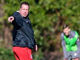 St. Paulis Coach Kauczinski gibt die Richtung vor