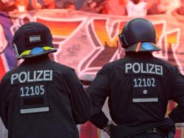 Pyro, Gewalt, Klos: DFB bestraft 1. FC Köln