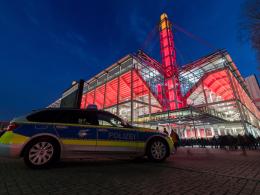 28 Festnahmen nach Ausschreitungen in Köln