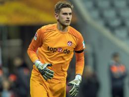 FCK-Keeper Pollersbeck macht auf sich aufmerksam
