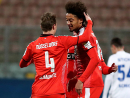 Funkel stellt um - Iyoha-Treffer reicht Düsseldorf nicht