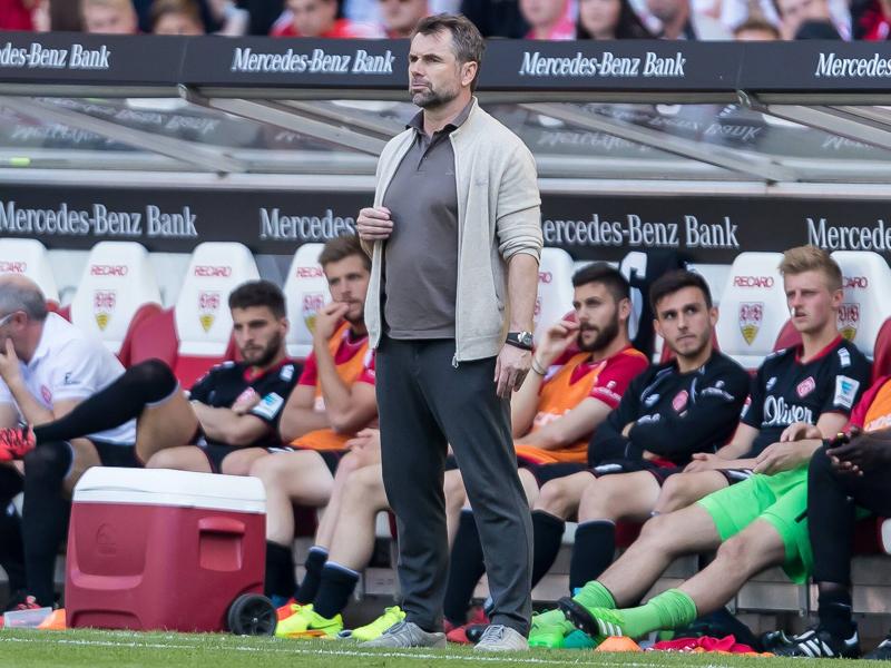 Trotz Abstiegs: Würzburg will Trainer Hollerbach halten