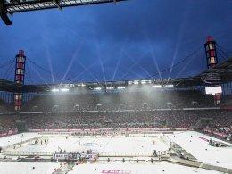 Wegen Winter Game: Haie zahlen FC neuen Rasen