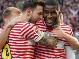 Modestes Traum-Rückkehr vor den Kölner Fans