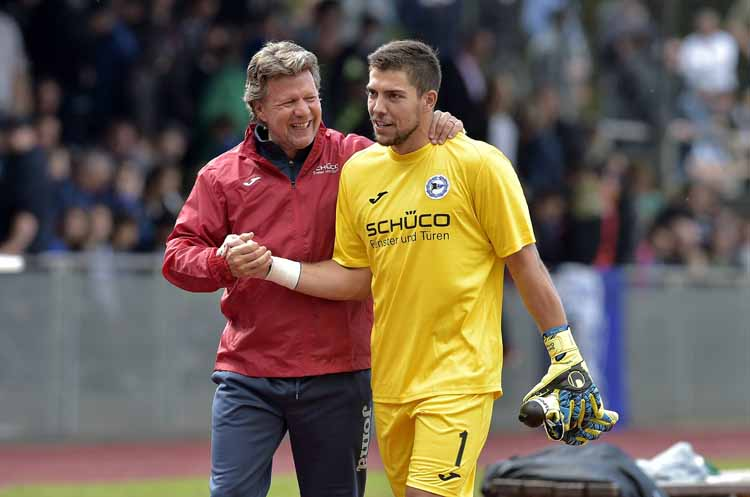 Von Aue bis St. Pauli: 18 Klubs im kicker-Test