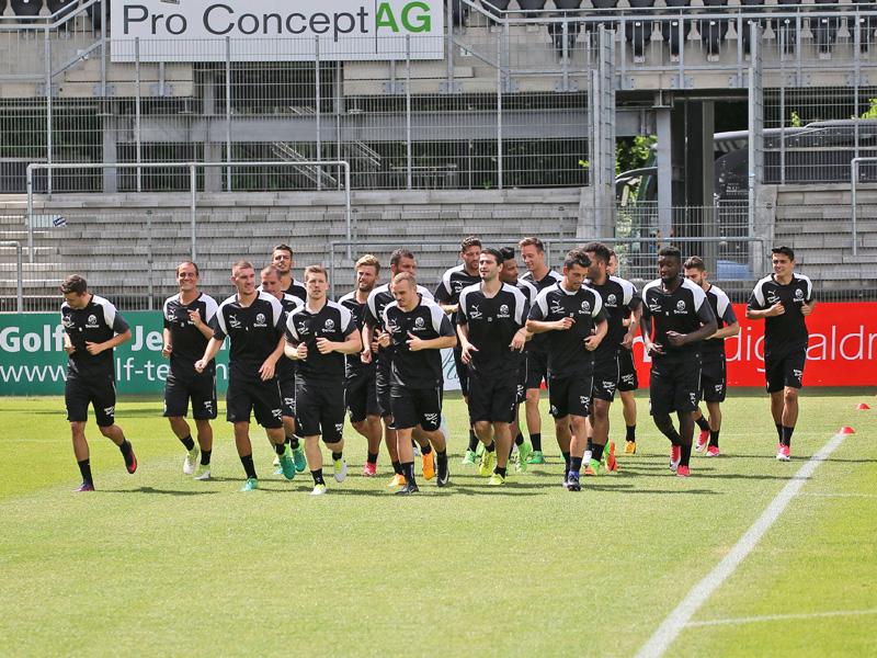 Trainingsauftakt: Anschwitzen für Liga zwei