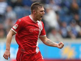 Hennings befeuert den Traum vom Aufstieg