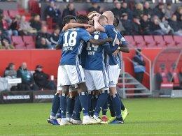 Hwang sichert HSV-Sieg bei wehrhaftem FCI