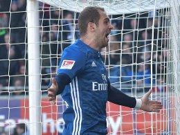 Hinspiel-Held Lasogga sichert HSV den Auswärtspunkt
