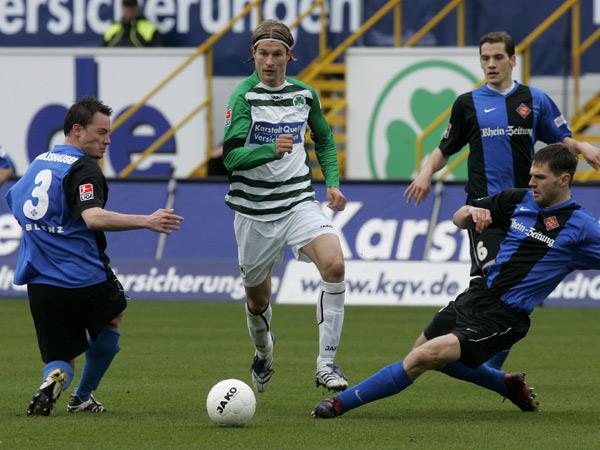 Martin Lanig gegen drei Koblenzer.