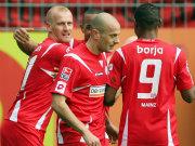 Mainzer feiern Miroslav Karhan