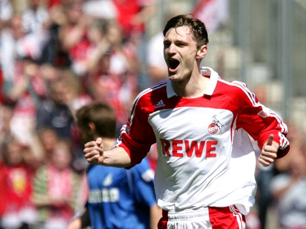 Tolles Kopfballtor: Kölns Novakovic bejubelt seinen 19. Saisontreffer.