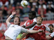 Für St. Pauli, hier in Person von Eger, war gegen den FCK nichts zu holen.