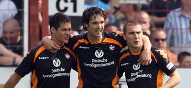 Josh Simpson, Srdjan Lakic und Erik Jendrisek