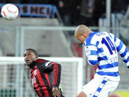 matchwinner: Ingolstadts Edson Buddle (li.), hier gegen den Duisburger Bruno Soares, traf zum 1:0 für den FCI.
