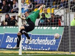 David Hohs (Alemannia Aachen) muss das 0:1 hinnehmen