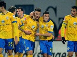 Braunschweig bejubelt das Tor zum 1:1