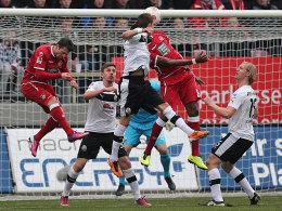 Idrissou köpft zum 1:0 für Kaiserslautern