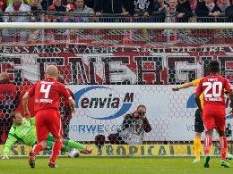 Elfmeter für die SG Dynamo Dresden