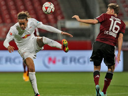 Yussuf Poulsen gegen Niklas Stark
