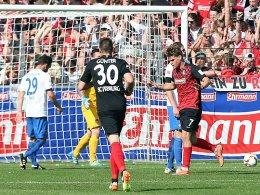 Niederlechner schie�t Freiburg zur Meisterschaft
