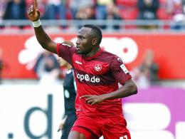 Zouas Doppelpack beschert FCK ersten Sieg