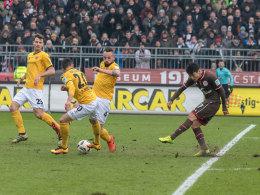 Dynamos Ballverluste verhelfen St. Pauli zum Sprung