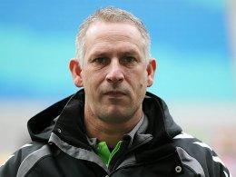 Bei einem Punktabzug müsste er sein Team aus dem Tabellenkeller führen: SVW-Trainer Christian Neidhart.