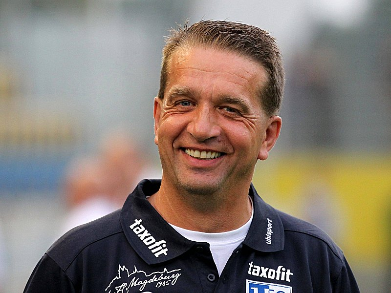 Andreas Petersen salary